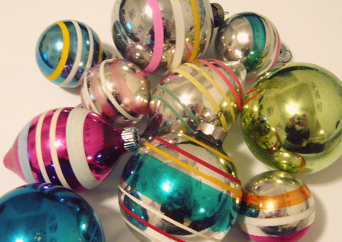 The History Of Shiny Brite Ornaments - Retro Christmas Cards
