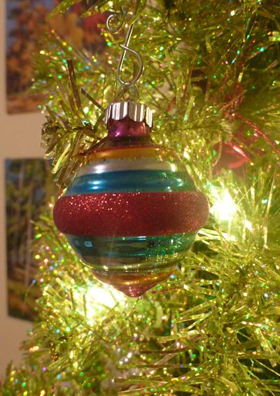 Shiny Brite Reproduction bulb - Shiny Brite Ornaments The New Collector